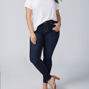 LANE BRYANT genius fit dark wash skinny jeans 18